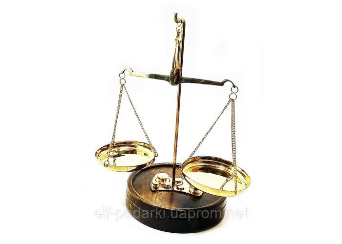 Ваги бронзові на дерев'яній підставці 45г 19х11,5х11,5 см (32487)