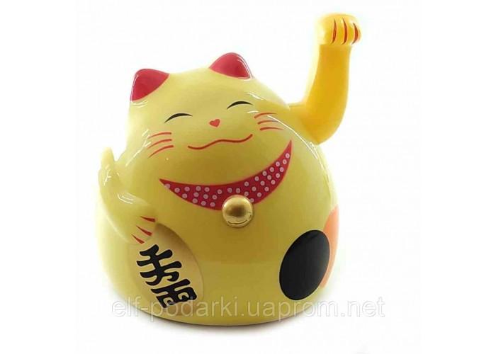 Кішка Манэки-неко махає лапою пластик кремова 12х11х10,5см (30851A)