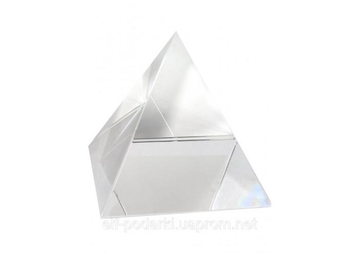 Кришталева піраміда 9см (21866)