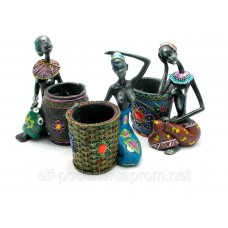 """Подставка для ручек """"Африканка с корзиной"""" (16х12,5х9см)"""