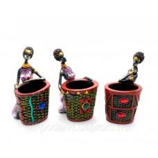"""Подставка для ручек """"Африканка с корзиной"""" (17х8,5х8 см)"""