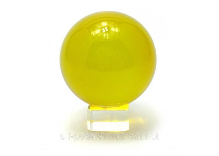 Кришталевий кулю на підставці жовтий 8см (28845)